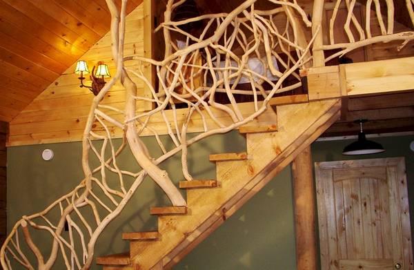 Поручни для лестниц: ограждения деревянные, высота ПВХ, фото пластиковых, как сделать своими руками настенные